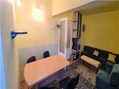Apartament de inchiriat 3 camere, Alba Iulia, zona Ultracentrala