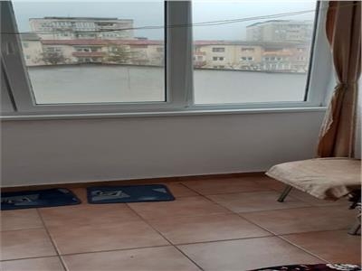 Apartament 3 camere decomndat Cetate 66000
