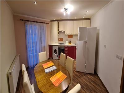 Apartament  3 camere de inchiriat in Alba Iulia, zona Centru