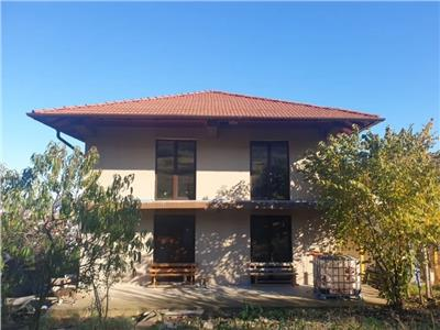 Casa 1/2 duplex de vanzare in Alba Iulia, zona Piata Cetate