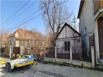 Casa demolabila cu teren de vanzare in Alba Iulia, Partos
