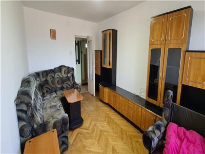 Apartament 3 camere de vanzare in Alba Iulia, zona Centru