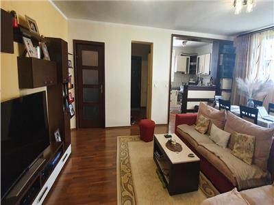 Apartament de 3 camere de vanzare in Alba Iulia, Cetate