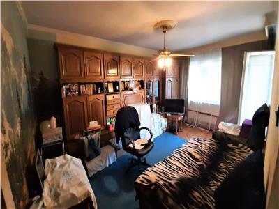 Apartament 3 camere decomandat 2 bai Cetate Mercur