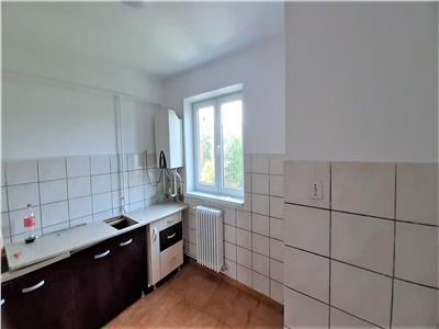 Apartament 3 camere decomandat Cetate Closca - ID 803