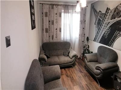 Apartament 3 camere, Etaj 4 Cetate