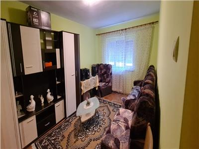 Apartament de inchiriat, 3 camere, Cetate Alba Iulia