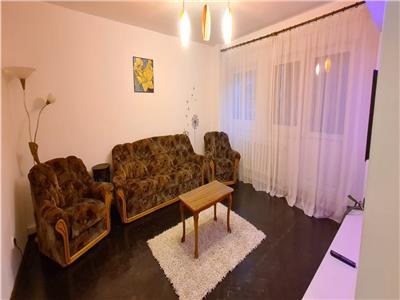 Apartament de inchiriat 3 camere, Centru, Alba Iulia, ultrafinisat