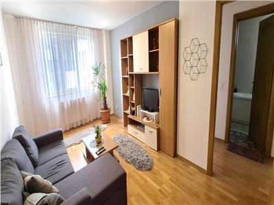 Apartament de inchiriat 3 camere, Centru, Alba Iulia