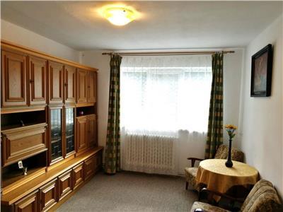 Apartament 3 camere de inchiriat, Alba Iulia, zona Cetate