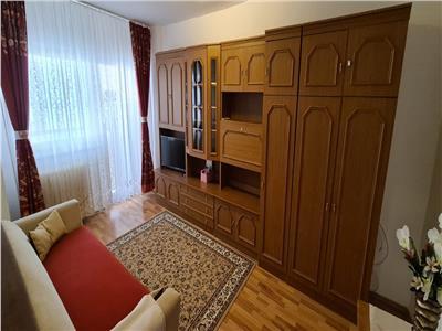 Apartament de inchiriat 2 camere in Alba Iulia, Cetate, et.2