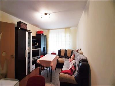 Apartament 2 camere Cetate-Piata