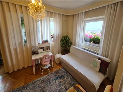 Apartament 3 camere de vanzare, Alba Iulia, Centru