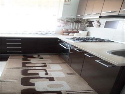 Apartament 3 camere decomandat Bloc nou Centru - ID 174
