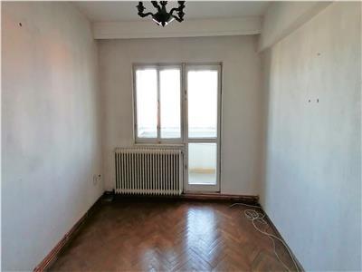 Apartament 4 camere de vanzare, Alba Iulia